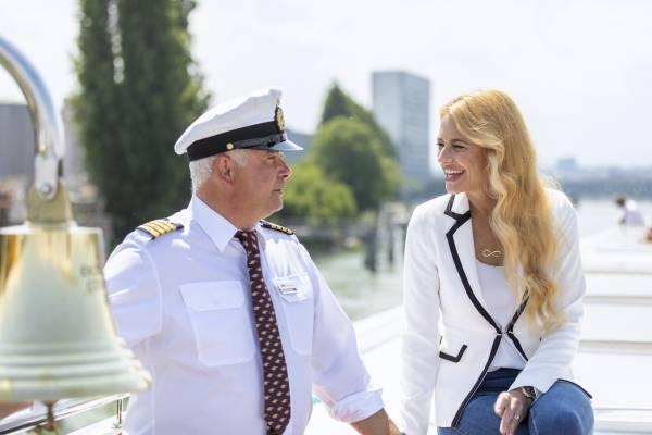 Excellence-Botschafterin Christa Rigozzi und  Wolfgang Faas, Kapitän der Excellence Countess