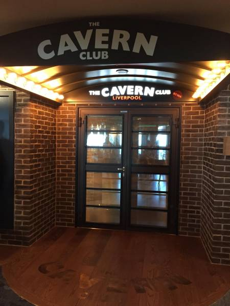 «The Cavern Club» mit Beatles Coverband