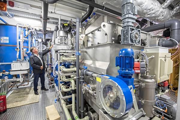 Die CAT-Technologie der Excellence-Reederei ist ein Meilenstein im  umweltgerechten Passagier-Flussschiffbau: Marcel Zweers, Co-Direktor  der Teamco-Shipyard ist einer der Macher.