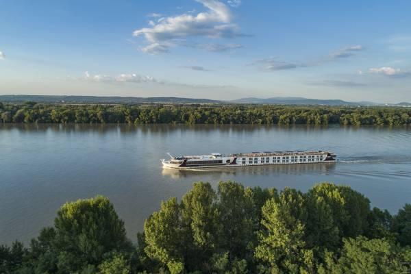Mit prämierter Umwelttechnologie auf der Donau: die Excellence Empress.