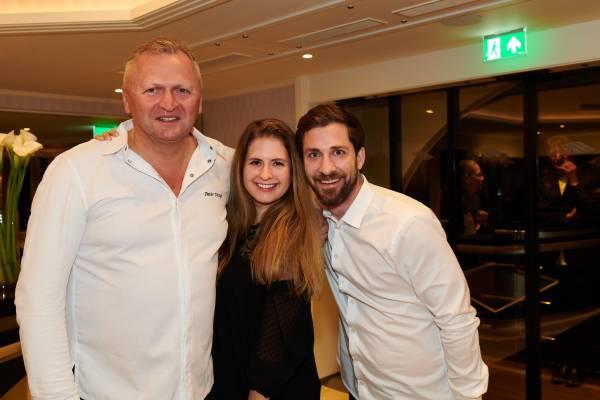 Peter Knogl mit Lara Steffen und Fabian Christen